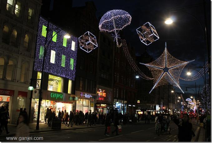 خیابان آکسفورد شبهای قبل از کریسمس